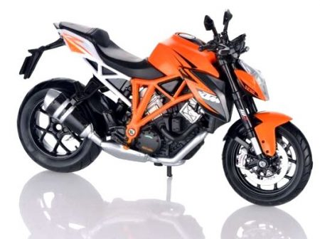 KTM 1290 Super Duke makett
