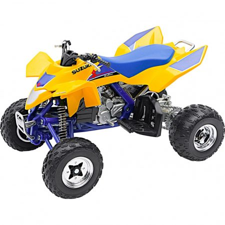Suzuki Quadracer R450 makett